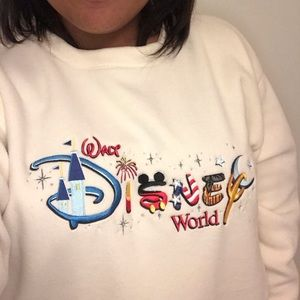 Vintage Walt Disney World Crewneck Sweatshirt